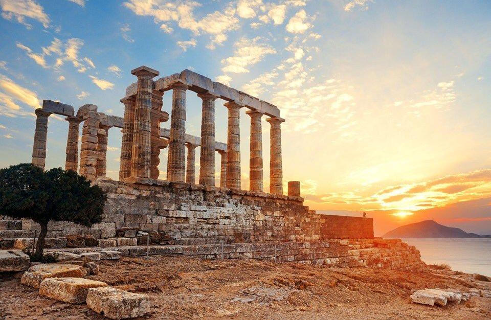 Дворец Посейдона в Греции